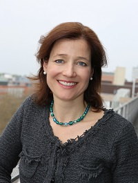 Dr-med-Miriam-Toennis