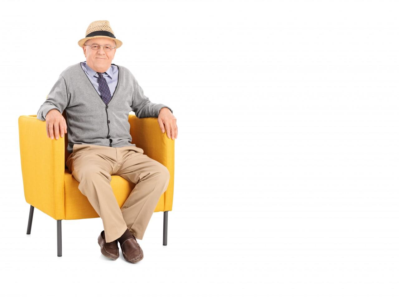 Maenner-im-Sitzen